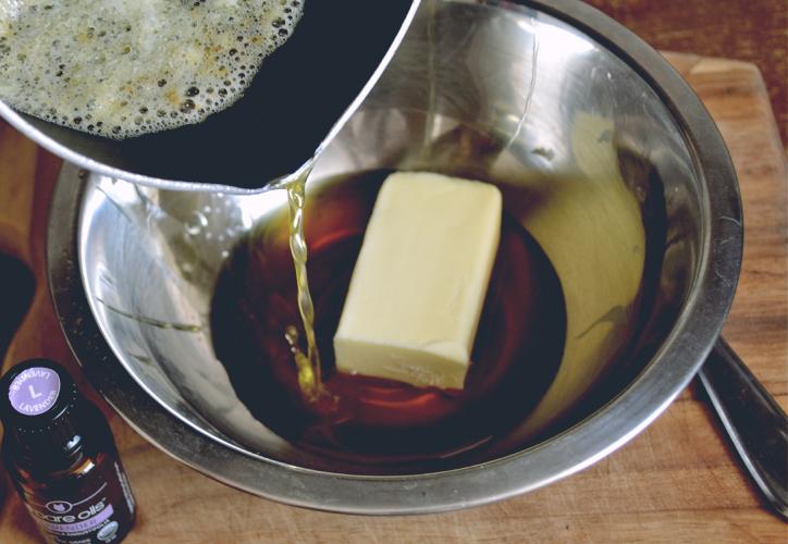 miel, lavanda, mantequilla